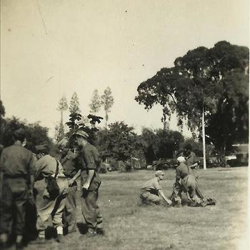 Ned. Indië, Tijgerbataljon: 1947 - afvuren mortier