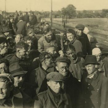 Uit Duitsland terugkerende arbeiders, juni 1945