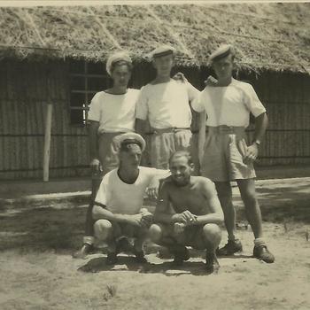 Koninklijke Marine, matroos, gebouw, Trincomalee, Ceylon, Sri Lanka