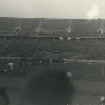 voetbalwedstrijd in Olympisch Stadion Berlijn