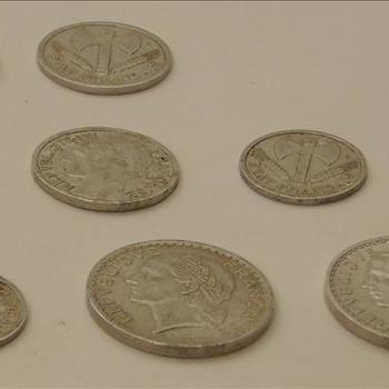verzameling Franse munten uit de periode 1941-1950