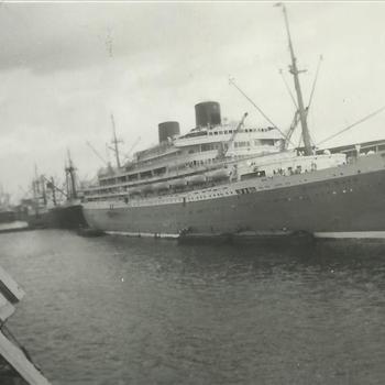 Ned. Indië na WO 2; troepentransportschip 'Willem Ruys'