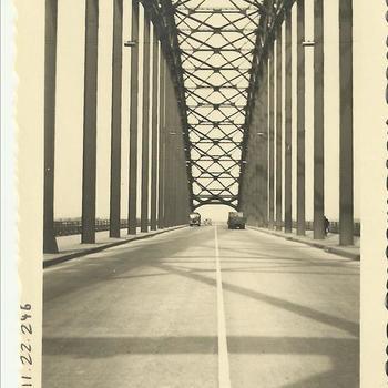 foto Waalbrug, 2 maal