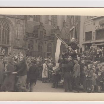 Burgers van Zwolle vieren de bevrijding