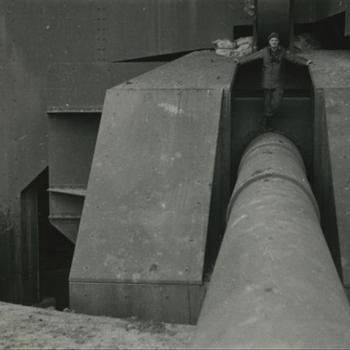 zware geschutsbunker met kanon, geallieerde militair