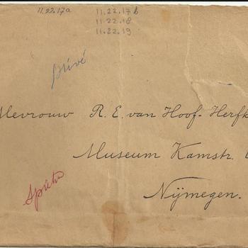 brief Spieker met twee fotos Waalbrug, 16 mei 1949
