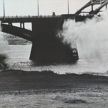 Waalbrug, nijmegen, oktober 1944
