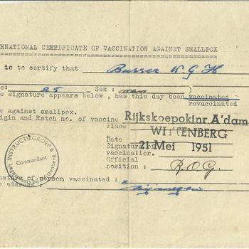 International certificate of vaccination against smallpox   W. G. Busser te Nijmegen  21 mei 1951