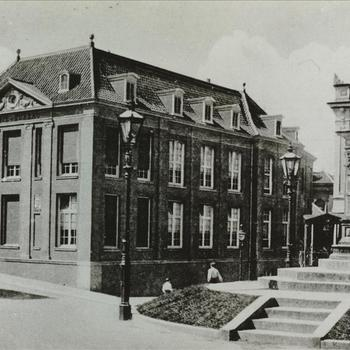 Valkhof. Politiebureau 1910