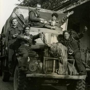 terugkeer gevangenen uit Dachau