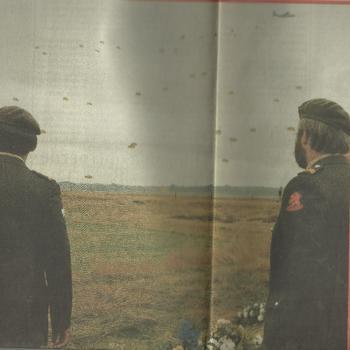 Jullie, Temidden van voornamelijk Britse, Poolse en Nederlandse oorlogsveteranen heeft Koningin Beatrix gisteren samen met de Britse kroonprins Charles in Oosterbeek de plechtige herdenking van de slag om Arnhem bijgewoond.