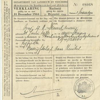 verklaring dat mej. Y.L. Haartman werkzaam is bij het Bedrijfschap voor Zuivel  1 maart 1944