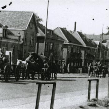 terugtrekkende Duitse militairen op Graafseweg