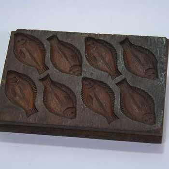 Marsepeinplank van hout voor 8 vissen en 6 bloemen