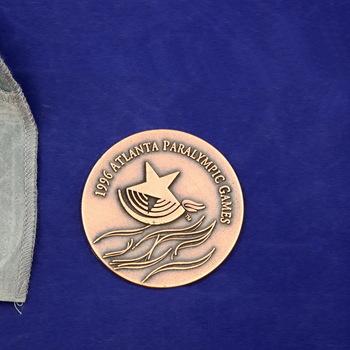 Paralympische deelnemersmedaille van de Paralympische Spelen 1996 Atlanta