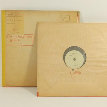 Twee grammofoonplaten met toespraken van Karel Lotsij, 1944-1953