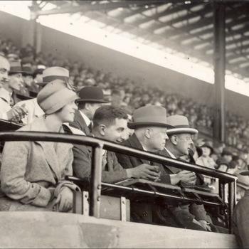 Persfoto Olympische Zomerspelen 1928 Amsterdam, 633 bezoekers voetbalwedstrijd, Algemeen Fotobureau (Ltd.) Amsterdam 1928