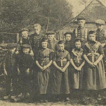 Groep schoolkinderen, Staphorst