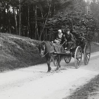 Op de wagen, Nunspeet, 1914