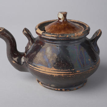 Thee- of koffiepot, Oost-Nederland, 1800–1900