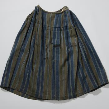 Gestreepte wollen rok, Nunspeet, voor 1948