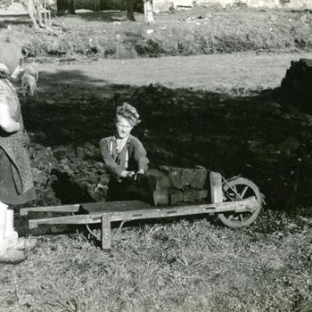 Slagkruiwagen, Nieuw-Schoonebeek, 1946