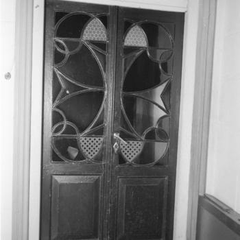 Deuren van voormalig klooster Wijtwerd, Usquert, 1944