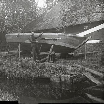 Scheepsbouw, Giethoorn, vermoedelijk circa 1900