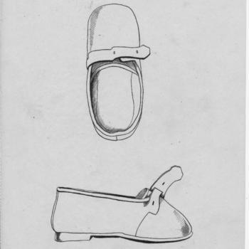 Tekening van een antieke vrouwen- en meisjesschoen, Volendam