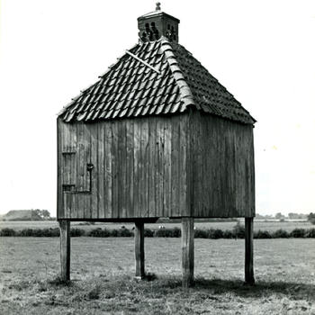 Duiventil, Vollenhove, 1947