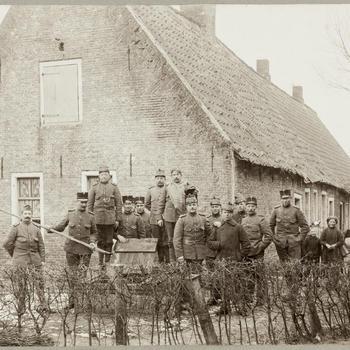 Boerderij te Oudeschans, gemeente Bellingwolde (Oost-Groningen), 1916