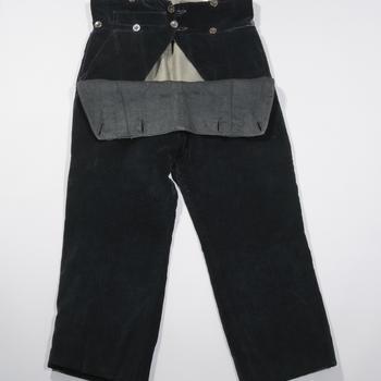 Fluwelen klepbroek, Hoevelaken, voor 1949