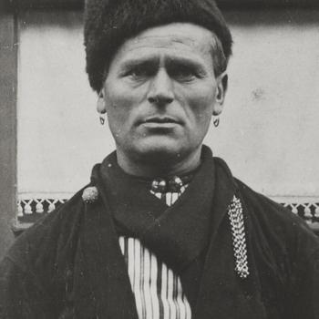 Omroeper Piet Veerman, Volendam, 1915
