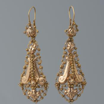 Paar gouden mutsenbellen, Terborg, 1859–1872