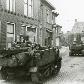 Aalten 1945 , bevrijders op 30 maart