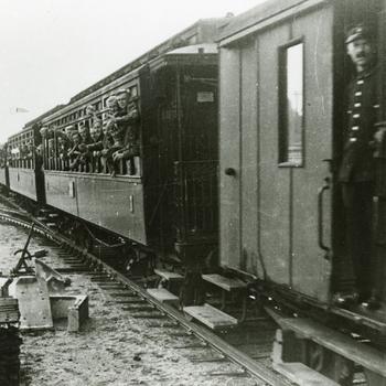 Aalten, 1939, vertrek opgeroepen militairen tijdens de mobilisatie