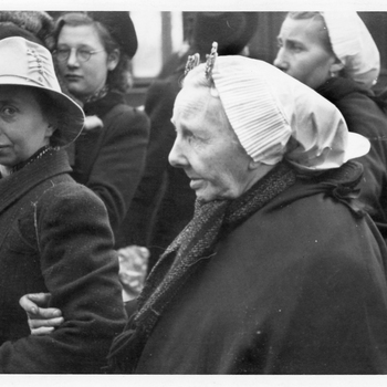 Aalten, 1943, Aankomst Scheveningse evacuées