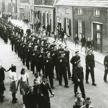 Aalten, 1945, Nederlandse vrijwilligers