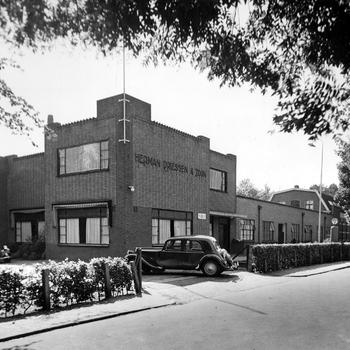 Aalten, 1951, Textielfabriek Herman Driessen en Zoon,