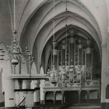 Foto voorstellende het Naber-orgel in de Herv. Kerk te Dinxperlo