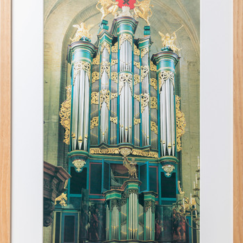 Foto voorstellende het Flentrop-orgel (1969) in de Grote Kerk te Breda