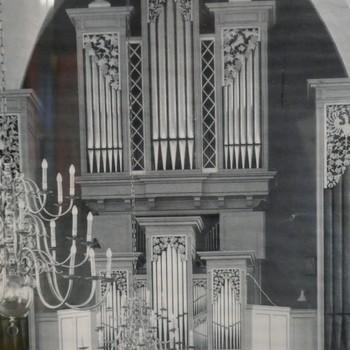 Foto voorstellende Flentrop-orgel in de grote of Catharinakerk te Doetinchem