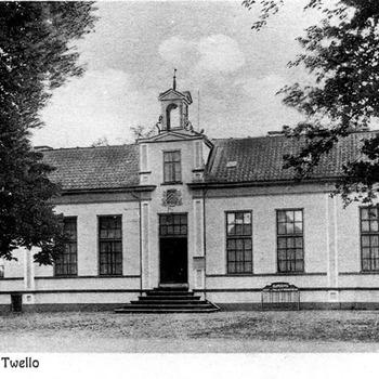 Het vernieuwde gemeentehuis 1925