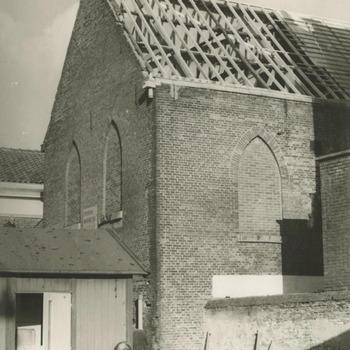 Restauratie voormalige synagoge. De voormalige synagoge in Tiel wordt gerestaureerd. Deze zal worden ingericht als moskee voor buitenlandse arbeiders
