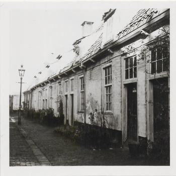 Woningen Elisabeth Gasthuis, het Oude Mannen en Vrouwenhuis. In 1534 gesticht door vrouwe Elisabeth van Culemborg.  Rond 1980 is het hofje gesloopt en vervangen door nieuwbouw.