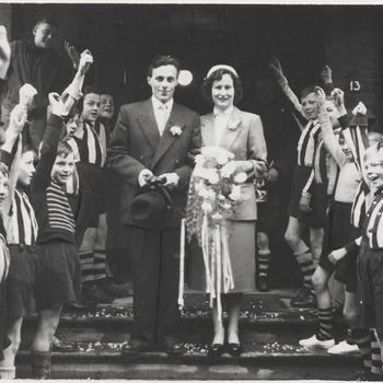 Het huwelijk van de Theolespeler dhr. Peter Gennissen. Het huwelijk werd in de jaren zeventig ontbonden