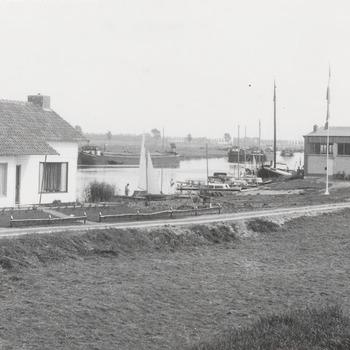 Jachthaven Maasbommel
