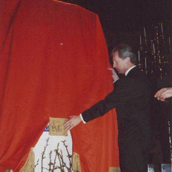 Onthulling schilderij pr. Willem Alexander in de Ned. Herv. Kerk, door dhr. Kamminga.