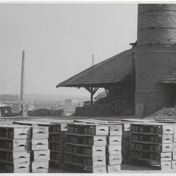 Een steenfabriek waarschijnlijk aan de Waal