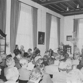 """In het Streekmuseum wordt de Nederlandse vertaling van het boek """"Chronicon Tielense"""" gepresenteerd"""